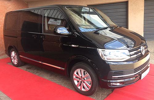 VW-Caravelle-B4