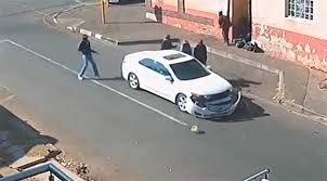 WATCH: Joburg businessman robbed and abducted by armed gang